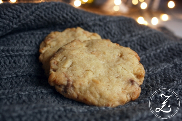 Macadamia White Chocolate Cookies by Zuckergewitter