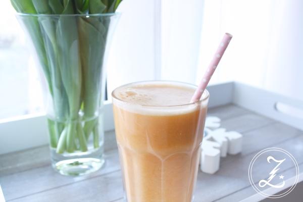 Mandarinen-Smoothie mit Banane und Kokos by Zuckergewitter
