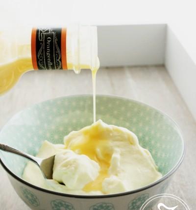 Weiße Schoko-Mousse au Lotta's Eierlikör by Zuckergewitter