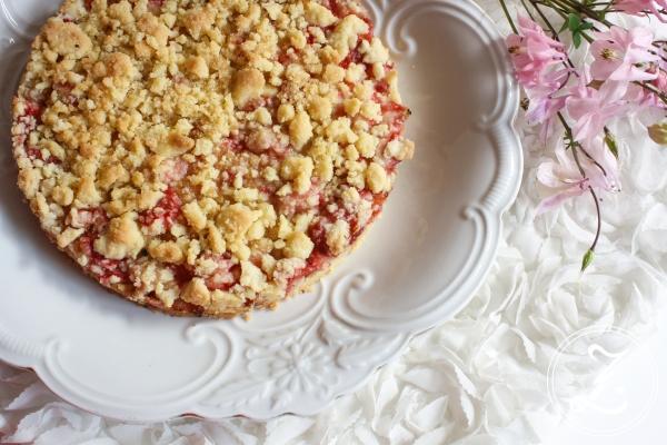 Erdbeer-Streusel-Kuchen by Zuckergewitter