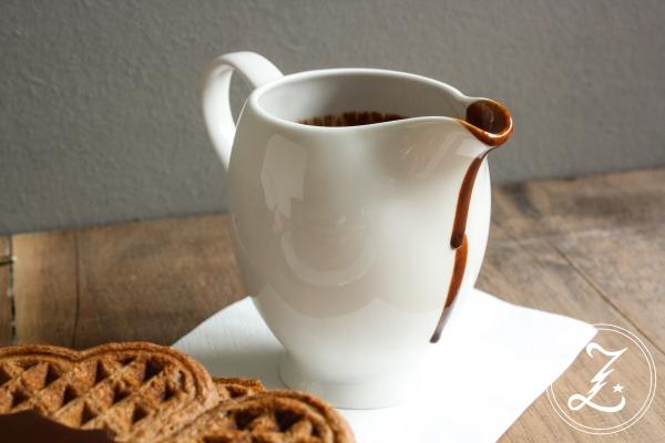 Bananen-Schoko-Waffeln mit Schokoladensoße | Zuckergewitter.de