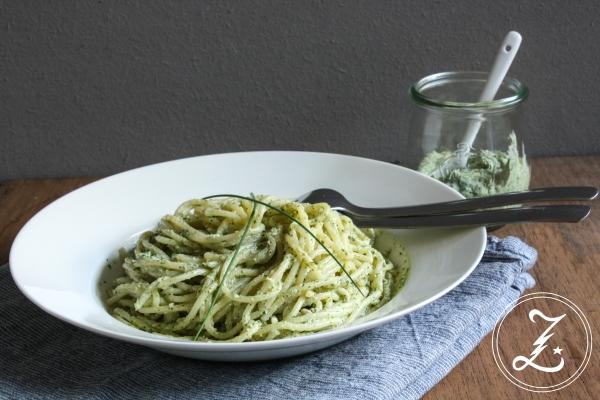 Pasta mit Hüttenkäse-Walnuss-Pesto | Zuckergewitter.de