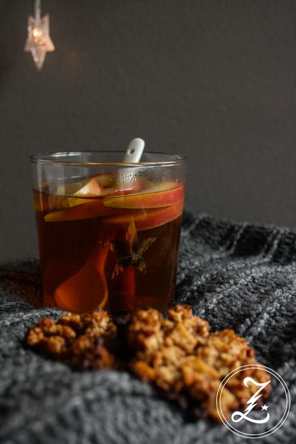 heißer Apfel-Honig-Punsch mit schwarzem Tee | Zuckergewitter.de
