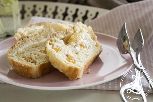 Aprikosen-Quark-Brot für die Ostertafel | Zuckergewitter.de