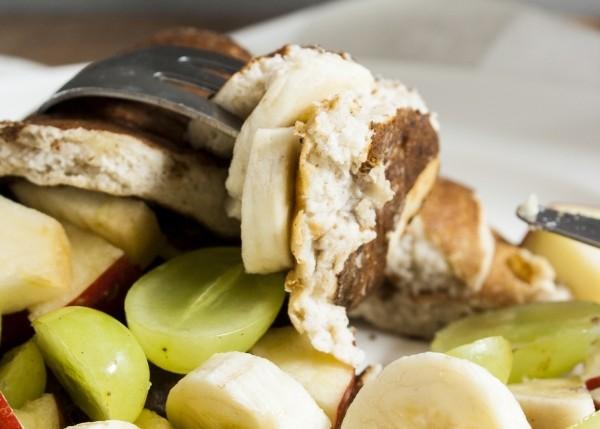 dekadent und gesund zugleich in den Tag starten - mit Bananen-Quark-Pancakes | Zuckergewitter.de
