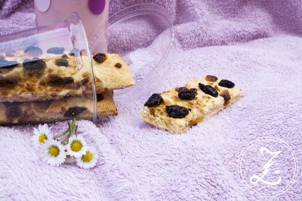 Eierlikör-Cookiesticks mit Softkirschen und weißer Schokolade | Zuckergewitter.de